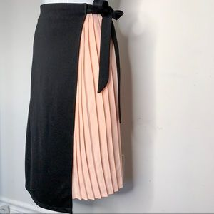 Dresses & Skirts - 2-in-1 Pleated Sided Asymmetric Skirt